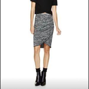 Aritzia large skirt